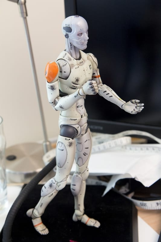 1/6 Synthetic Human Test Body - plate cup (2014)